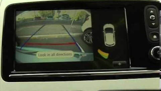 ZOE - CLIO : Parcheggio assistito / Telecamera di retromarcia